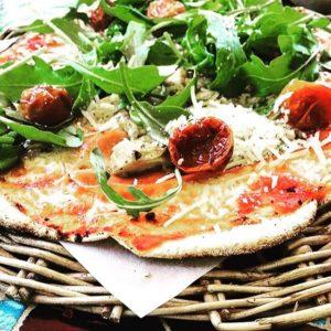 gårdens vedugn pizza